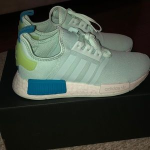 Adidas NMD_R1 J